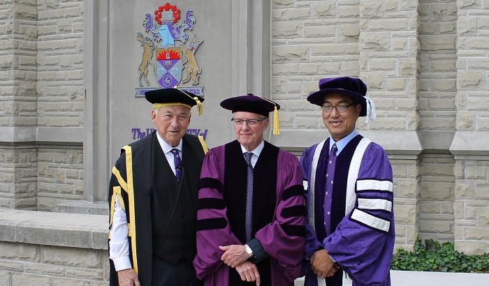 Kevin Lynch and Western University dignitaries